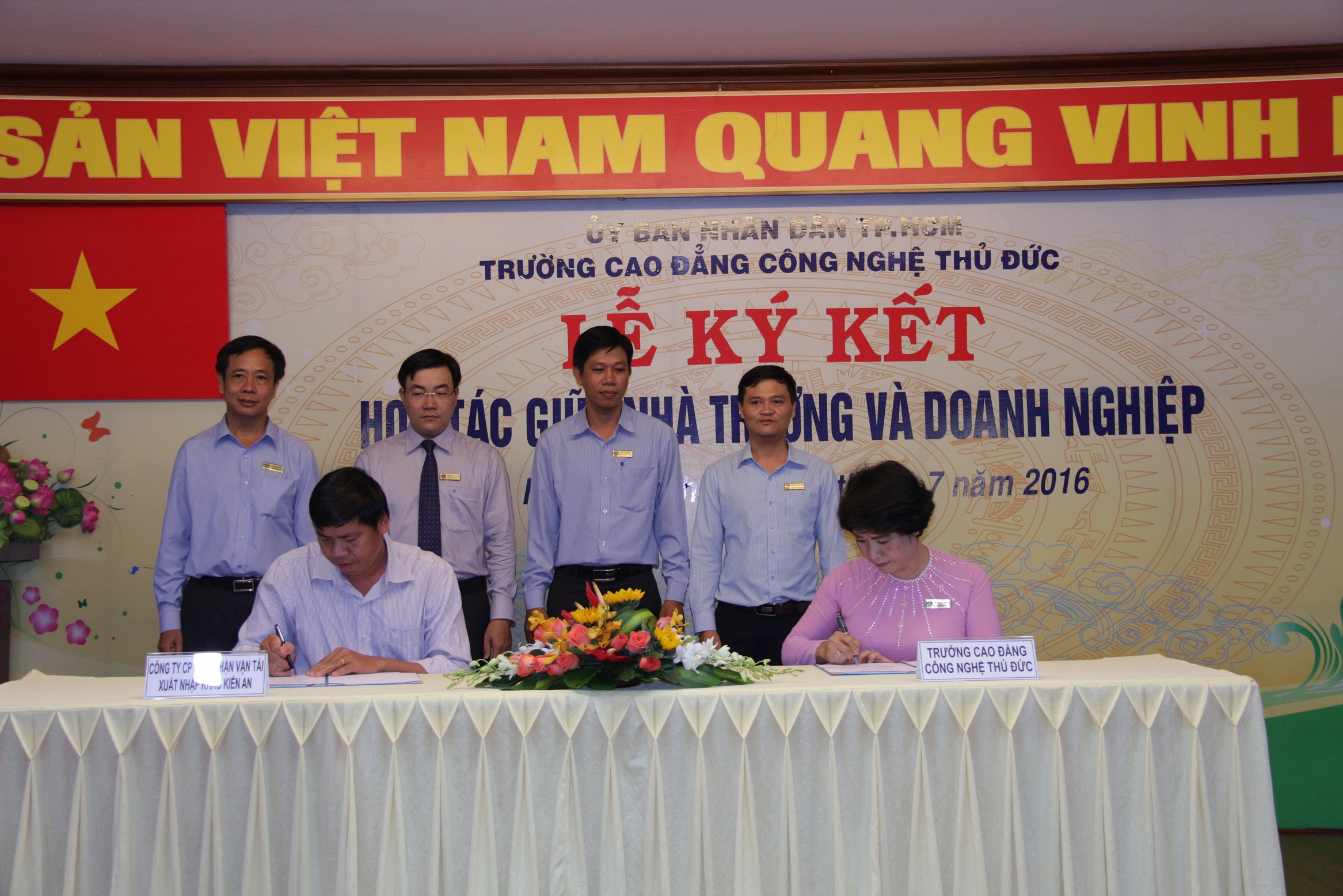 Công ty CP Giao Nhận Vận Tải Xuất Nhập Khẩu Kiến An