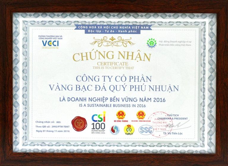 PNJ đạt TOP 10 trong 100 doanh nghiệp phát triển bền vững nhất Việt Nam 2016