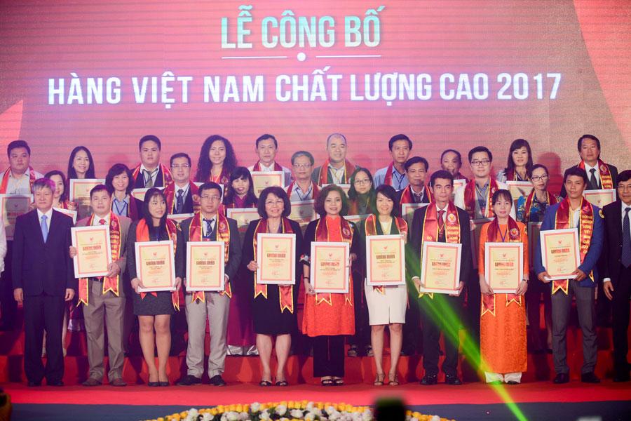 20 năm liên tiếp PNJ đạt danh hiệu Hàng Việt Nam chất lượng cao