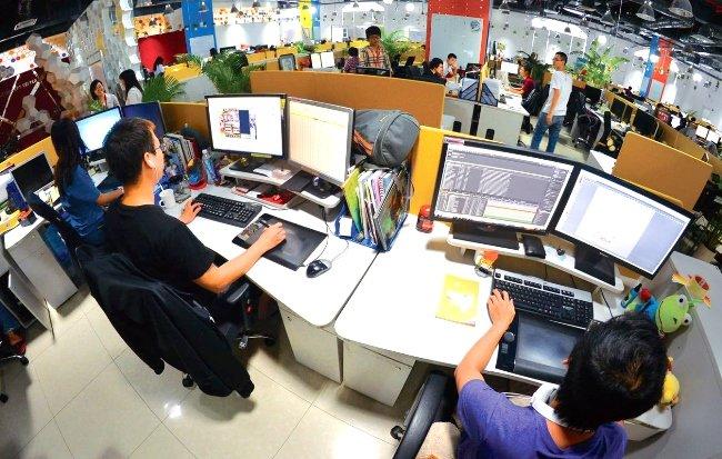 Nhân viên Vận hành Hệ thống Công nghệ thông tin (Phần mềm, mạng)