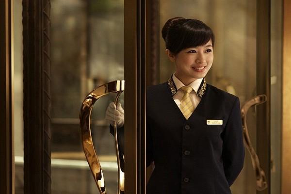 Hostess là gì? Bản mô tả công việc Hostess