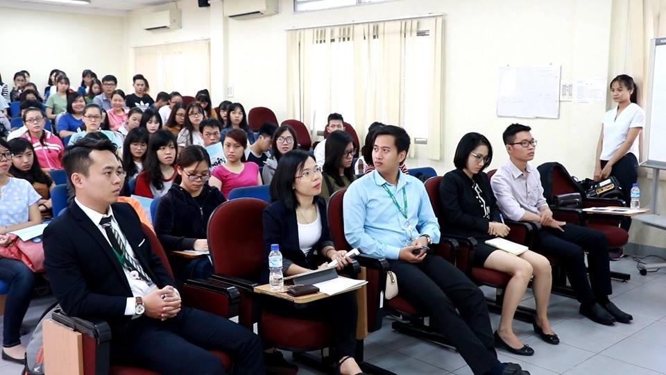 """Talk show tương tác cùng VPbank: """"Việc làm trong lĩnh vực ngân hàng phù hợp với các ngành học – sinh viên cần biết"""""""