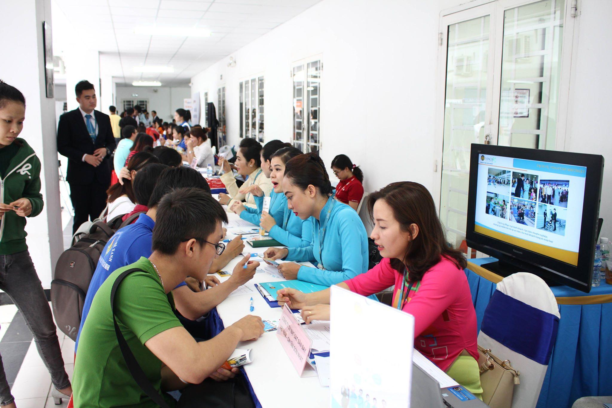 Báo chí, truyền hình đưa tin về Ngày hội nghề nghiệp 2018 của Trường Đại học Mơt Tp.HCM