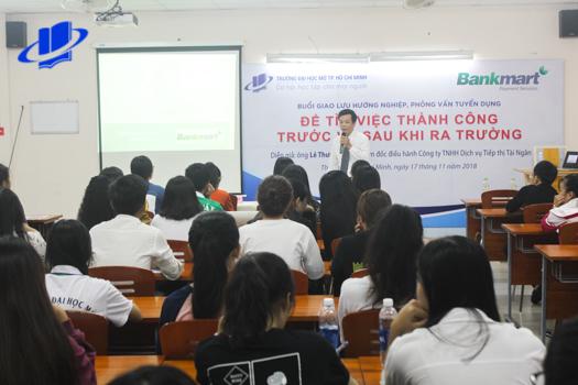 Hội thảo giao lưu hướng nghiệp Để tìm việc thành công trước và sau khi ra trường năm 2018