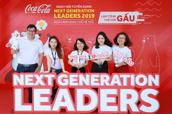 Chương trình Nhà Lãnh đạo Thế hệ mới (NGL) và Giám sát bán hàng tiềm năng của Coca-Cola Việt Nam.