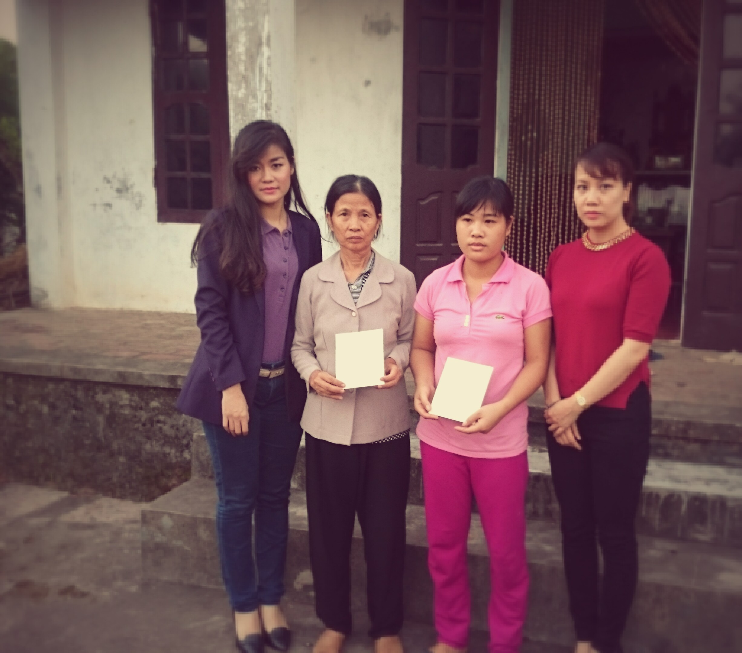 Chia sẻ mất mát với gia đình công nhân Tô Ngọc Dưỡng