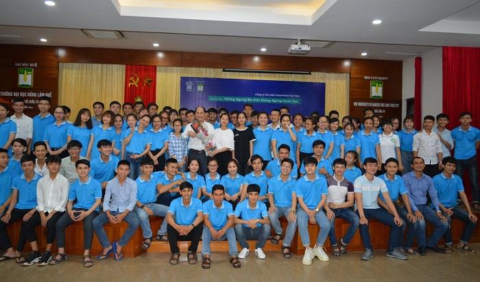 """""""7 thói quen để thành đạt"""" đến với sinh viên ĐH Nông Lâm Huế"""