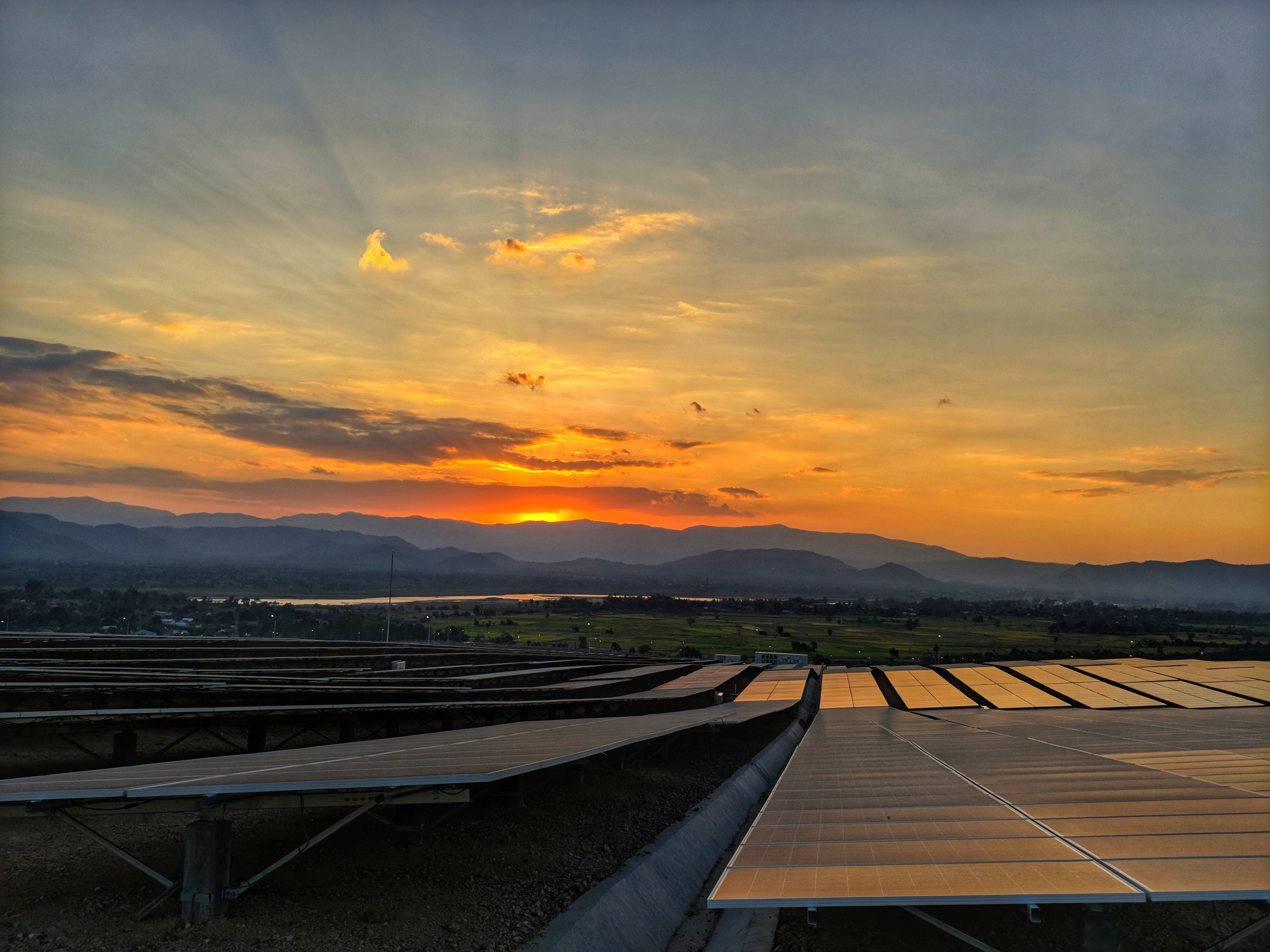 Largest-Scale Mega-Solar Power Plant Completed in Vietnam