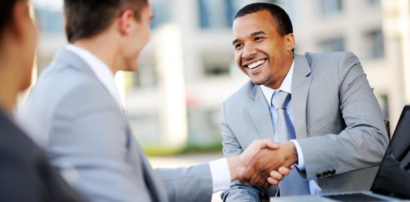 """Những câu hỏi """"đắt giá"""" nên hỏi nhà tuyển dụng"""