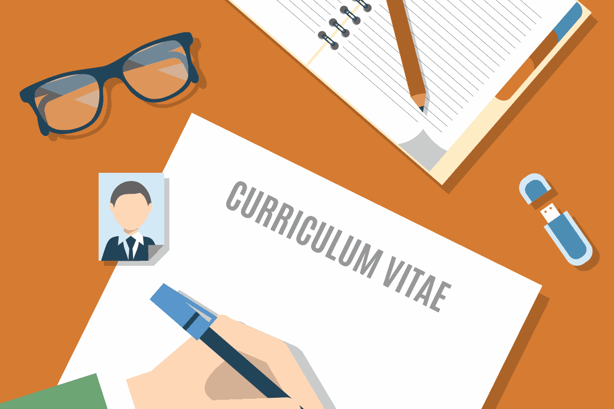 9 TIPS FOR A BETTER CV