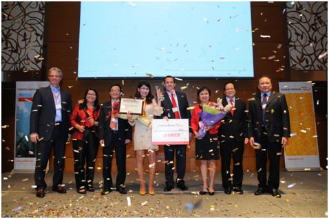 Chị Nguyễn Thị Ngọc Minh đoạt giải Giám đốc nhân sự năm 2015