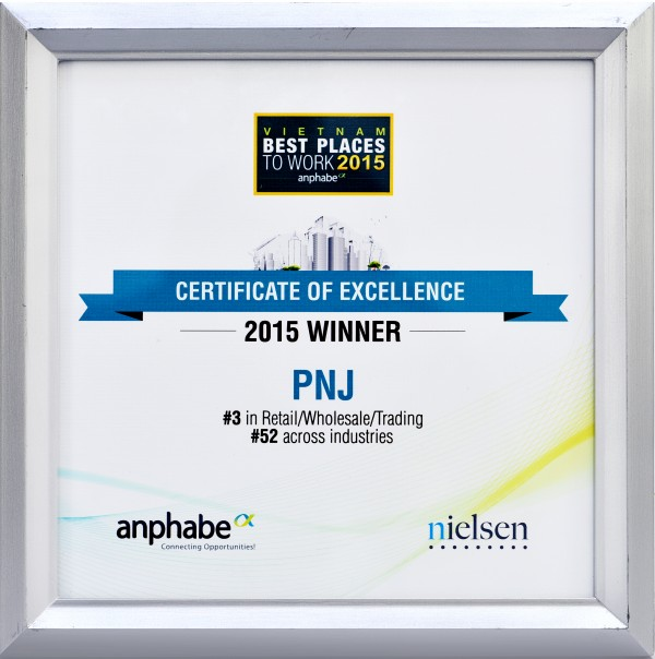 PNJ tiếp tục được vinh danh Top 100 nơi làm việc tốt nhất Việt Nam năm 2015
