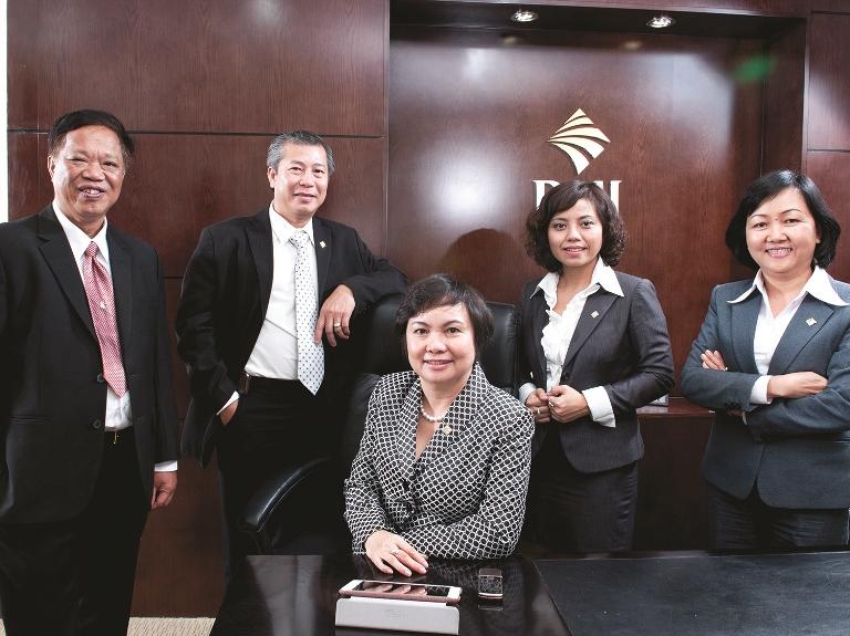 PNJ nhận giải thưởng Phụ nữ Việt Nam 2016