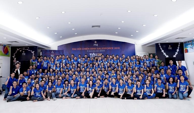 Toàn cảnh đại hội chiến binh Salesforce 2016: Hùng tráng - Cảm xúc - Thăng hoa