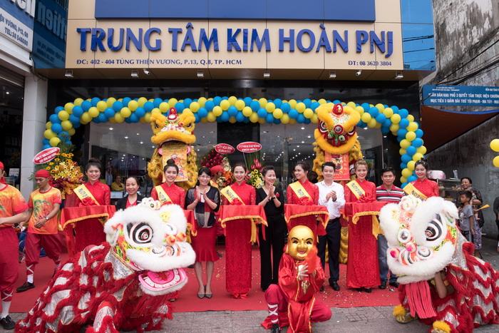PNJ tiếp tục khai trương TTKH, nâng tổng số hệ thống bán lẻ lên hơn 240 cửa hàng trên toàn quốc