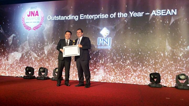 PNJ là doanh nghiệp duy nhất trong ngành kim hoàn Việt Nam được vinh danh Top 3 Nhà bán lẻ trang sức hàng đầu Châu Á