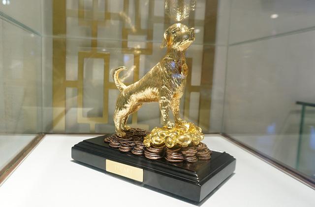 Ngày Vía Thần Tài, nhiều khách đặt hàng linh vật vàng cho 2 năm tới