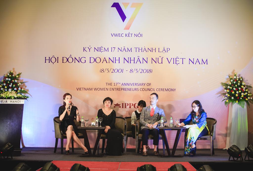 PNJ Đồng Hành Cùng Lễ Kỷ Niệm 17 Năm Thành Lập Của Hội Đồng Doanh Nhân Nữ VIỆT Nam 2018