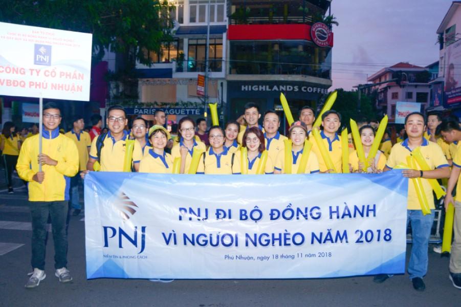 PNJ Đi Bộ Đồng Hành Vì Người Nghèo Gây Quỹ Xã Hội Năm 2018