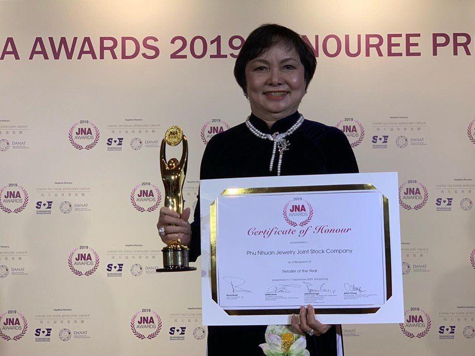 Chủ tịch PNJ nhận giải thưởng thành tựu trọn đời ngành kim hoàn châu Á