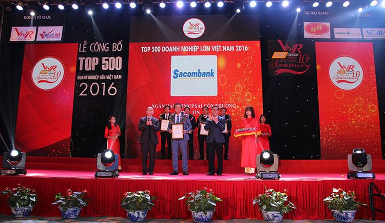 Sacombank vào top 50 doanh nghiệp lớn nhất Việt Nam 2016 (VNR500)