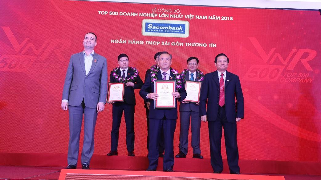 Sacombank lọt TOP 50 doanh nghiệp lớn nhất Việt Nam 2018 (VNR500)