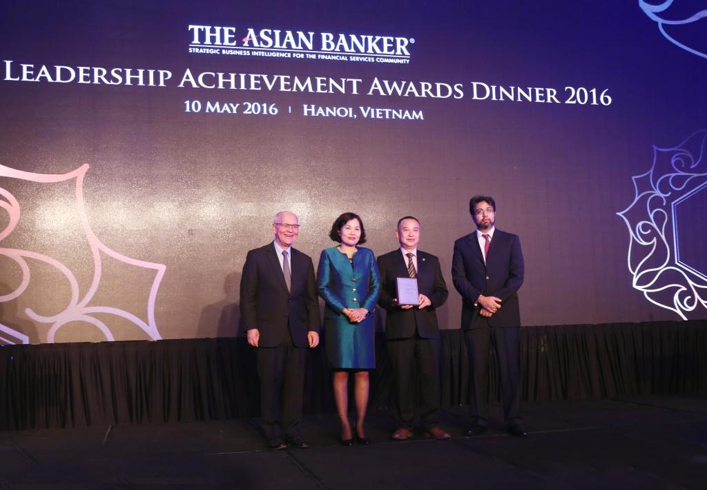 """The Asian Banker vinh danh SeABank có """"Sản phẩm cho vay mua ô tô tốt nhất Việt Nam"""""""