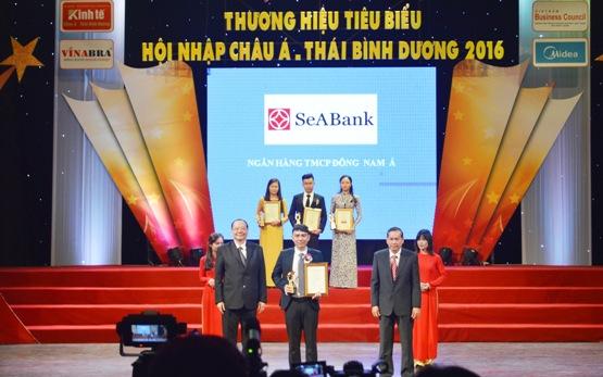 SeABank được vinh danh trong Top 100 Thương hiệu Tiêu biểu Hội nhập