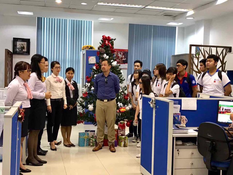 Sinh Viên trường Đại Học Hoa Sen - Tham Quan Kiến Tập tại Công ty Vietravel